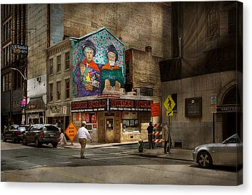 City - Pittsburg, Pa - Wiener World Canvas Print by Mike Savad