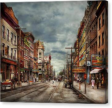 City - Poughkeepsie Ny - The Ever Changing Market Place 1906 Canvas Print by Mike Savad