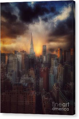 City Splendor - Sunset In New York Canvas Print by Miriam Danar