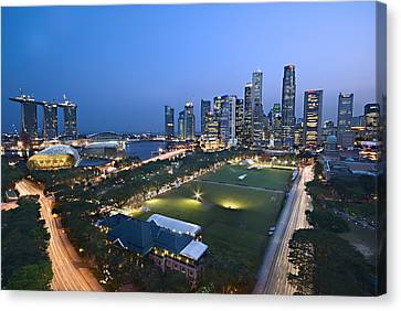 City View Of Singapore Canvas Print by Ng Hock How