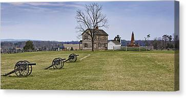 Civil War Cannons And Henry House At Manassas Battlefield Park - Virginia Canvas Print by Brendan Reals