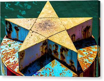 Clark Street Bridge Star Pylon V3 Dsc6070 Canvas Print by Raymond Kunst