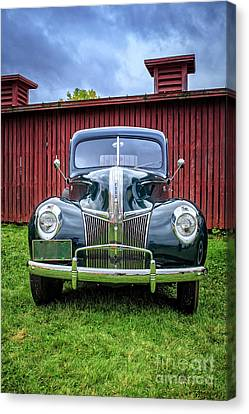 Classic Ford Canterbury Shaker Village Canvas Print