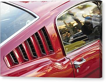Classic Mustang Fastback Canvas Print by David Lee Thompson