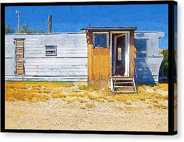 Canvas Print featuring the photograph Classic Trailer by Susan Kinney