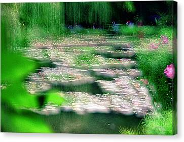 Canvas Print featuring the photograph Claude Monets Water Garden Giverny 1 by Dubi Roman
