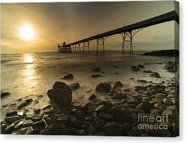 Clevedon Pier Sunset  Canvas Print by Rob Hawkins