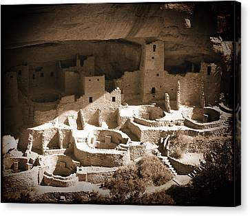Canvas Print featuring the photograph Cliff Palace Mesa Verde by Kurt Van Wagner
