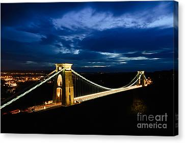 Canvas Print featuring the photograph Clifton Suspension Bridge, Bristol. by Colin Rayner