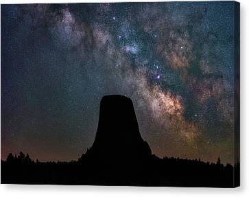 Canvas Print featuring the photograph Closer Encounters by Darren White