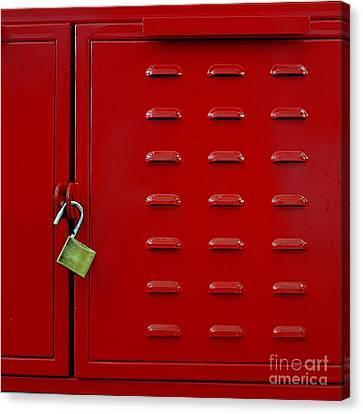 Closeup Of Red Lockers Door And Brass Padlock. Canvas Print