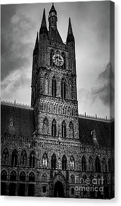 Cloth Hall, Grote Market, Ypres, Belgium. Canvas Print by Sean Langton