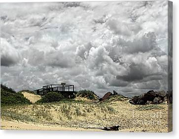 Canvas Print featuring the photograph Cloudy Beach By Kaye Menner by Kaye Menner