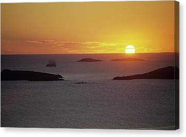 Club Med Sailing Into Sunset Canvas Print by Don Kreuter
