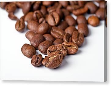 Coffee Beans Canvas Print by Gert Lavsen