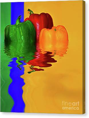 Canvas Print featuring the photograph Color Pop Peppers By Kaye Menner by Kaye Menner