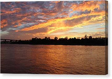 Canvas Print featuring the photograph Colorful Sky At Sunset by Cynthia Guinn
