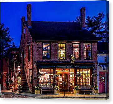 Concord Market And Cafe Canvas Print by Larry Richardson