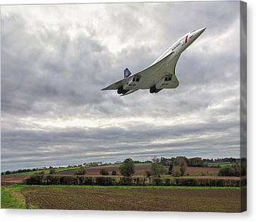 Concorde - High Speed Pass Canvas Print by Paul Gulliver