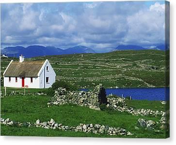 Connemara, Co Galway, Ireland Cottages Canvas Print