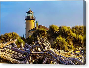 Coquille River Lighthouse Canvas Print by Garry Gay
