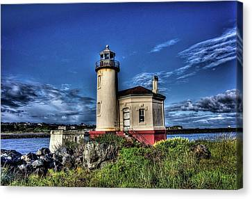 Canvas Print featuring the photograph Coquille River Lighthouse by Thom Zehrfeld