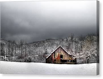 Country Barn In The Smokies Canvas Print by Mike Eingle