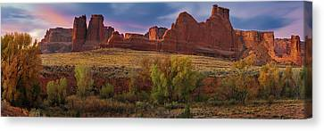Courthouse Wash - Arches Np Canvas Print