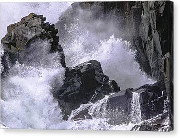 Crashing Wave At Quoddy Canvas Print by Marty Saccone