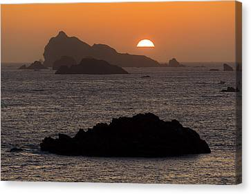 Crescent City Sunset From Battery Point Lighthouse Canvas Print by Joe Doherty