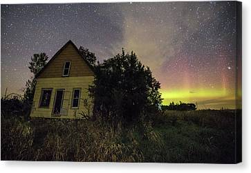 Crooked House  Canvas Print by Aaron J Groen