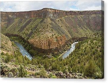 Crooked River Gorge Canvas Print by Joe Hudspeth