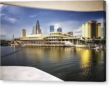Cruising To Tampa In Hdr Canvas Print