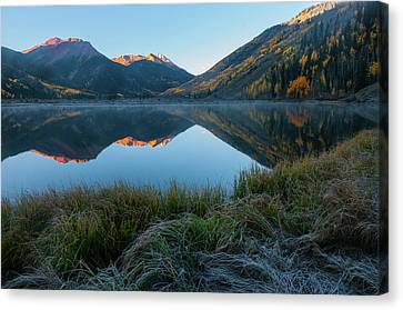 Crystal Lake - 0577 Canvas Print