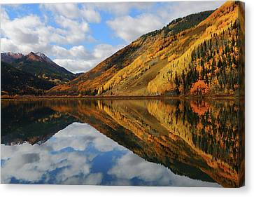 Canvas Print featuring the photograph Crystal Lake Autumn Reflection by Jetson Nguyen