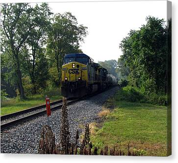 Csx 425 Coming Down The Tracks Canvas Print