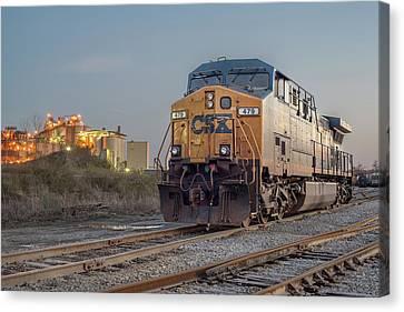 Csx Train Canvas Print - Csx 479 by Derek Thornton