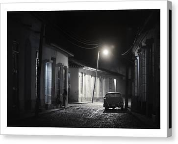 Cuba 06 Canvas Print by Marco Hietberg