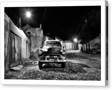 Cuba 10 Canvas Print by Marco Hietberg