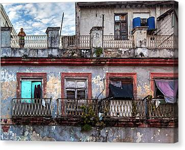 Canvas Print featuring the photograph Cuban Woman At Calle Bernaza Havana Cuba by Charles Harden
