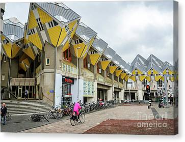 Cube Houses In Rotterdam Canvas Print by RicardMN Photography