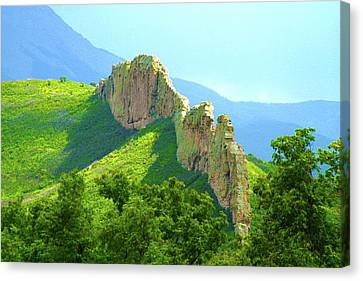 Canvas Print featuring the photograph Cuchara Ridge by Marie Leslie