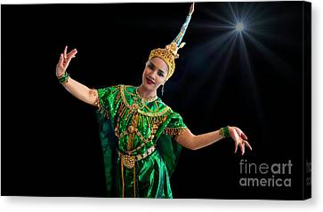 Cultural Thai Dance Canvas Print by Ian Gledhill