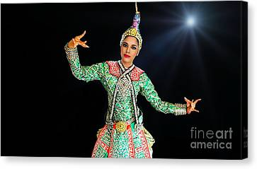 Cultural Thai Dancer Canvas Print by Ian Gledhill