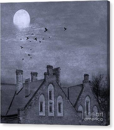 Curse Of Manor House Canvas Print by Juli Scalzi