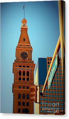 D-f Clock Tower Canvas Print