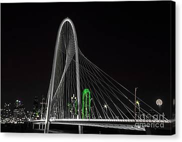 Dallas Nightscape With Green Canvas Print