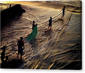 Canvas Print - Danza Del Mar by Skip Hunt