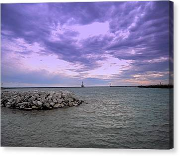 Darkening Skies Over Lake Michigan Canvas Print