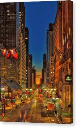 Canvas Print featuring the photograph Dawn At 42nd Street Nyc by Susan Candelario